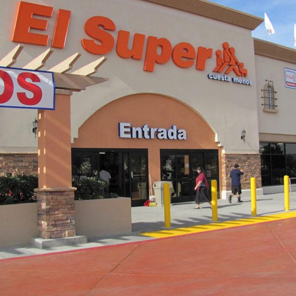 el super store front
